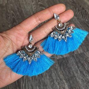 Jewelry - Blue Gem Tassel Fan Dangling Earrings Set